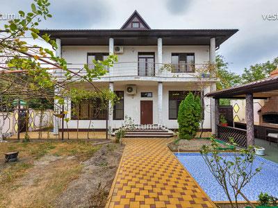 Дом 362 м² с участком 7 сот.